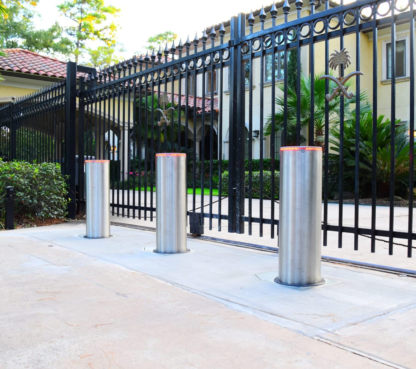 Retractable Bollards<br>Wedge Barriers<br>Crash Arms<br>Crash Gates